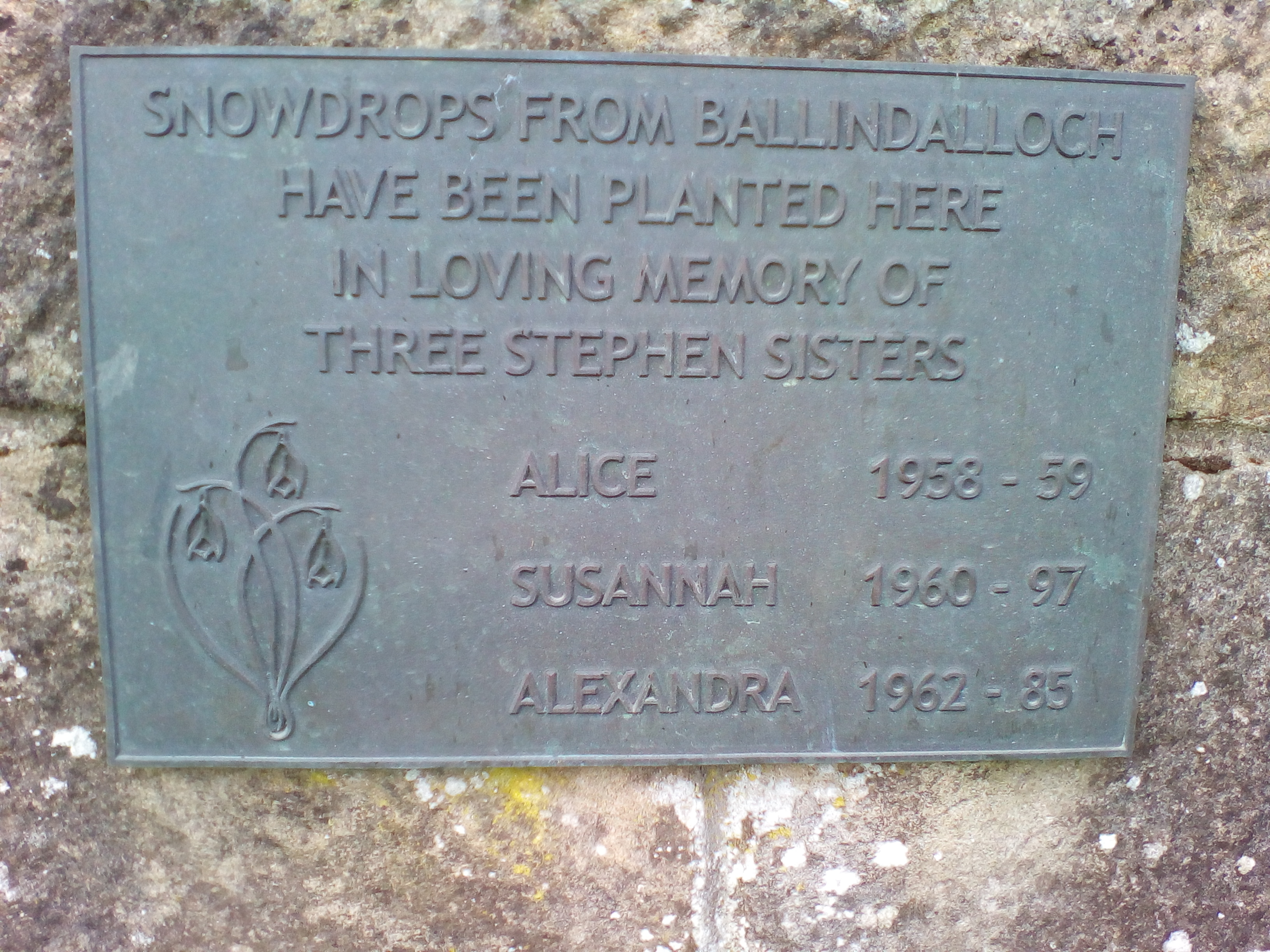 Memorial plaque to Stephen sisters